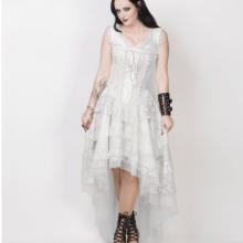 белое кружевное платье с корсетом