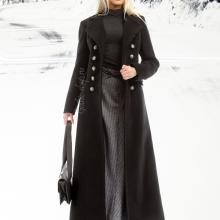 длинное готическое пальто