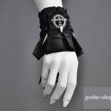 готический браслет