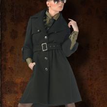 Женское укороченное пальто в стиле милитари